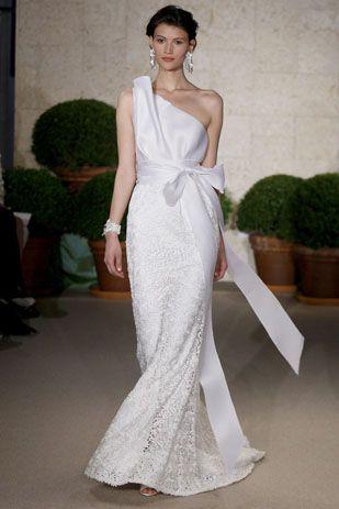 Oscar de la renta wedding dress style 22n74 dress onewed for Oscar de la renta wedding dress prices