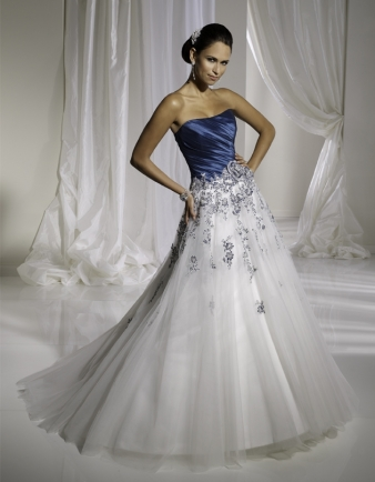 Destination Wedding Dresses on Sophia Tolli Wedding Dress Style Y11109  Discontinued    Onewed