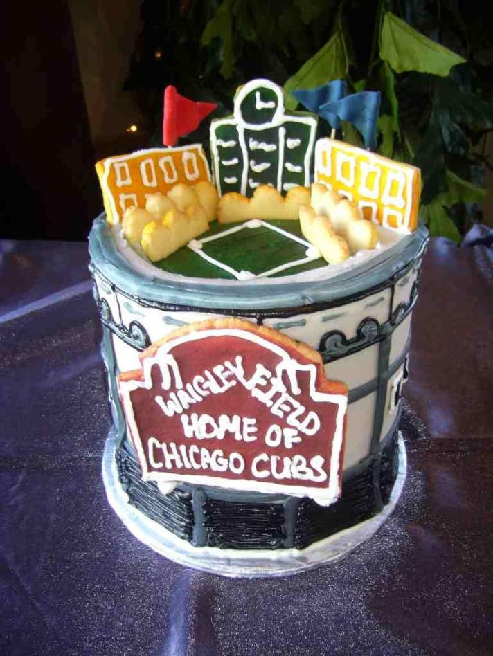 Colorful wedding cake inspired by Chicago's Wrigley Field!