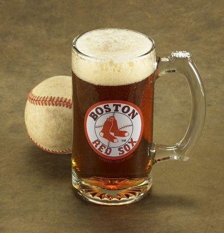 MLB logo beer mug- perfect for the baseball-loving best man and groomsmen