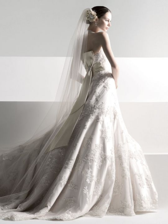hot off the bridal runway new wedding dresses from davids