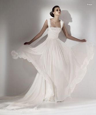 Gorgeous grecianinspired white wedding dress by Elie Saab