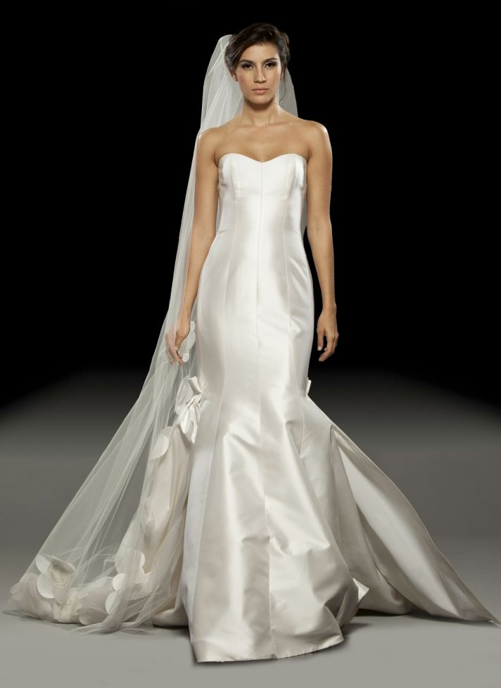 Ivory silk shantung sweetheart neckline 2011 mermaid wedding dress