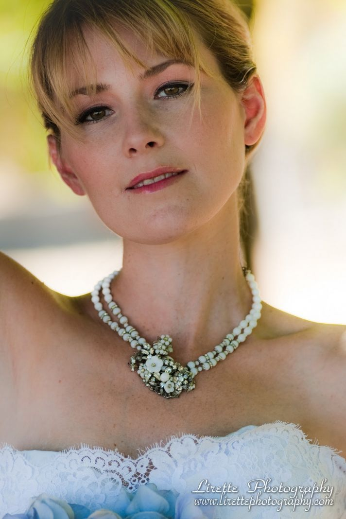Timeless pearl bridal necklace with vintage brooch detail