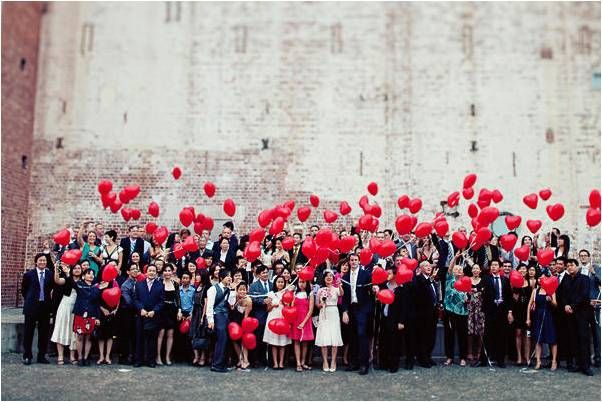 Celebrate Valentine's Day like this couple, with hundreds of heart-shaped balloons