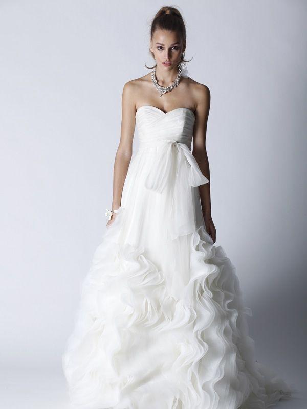 Romantic ivory Fall 2011 sweetheart neckline wedding dress