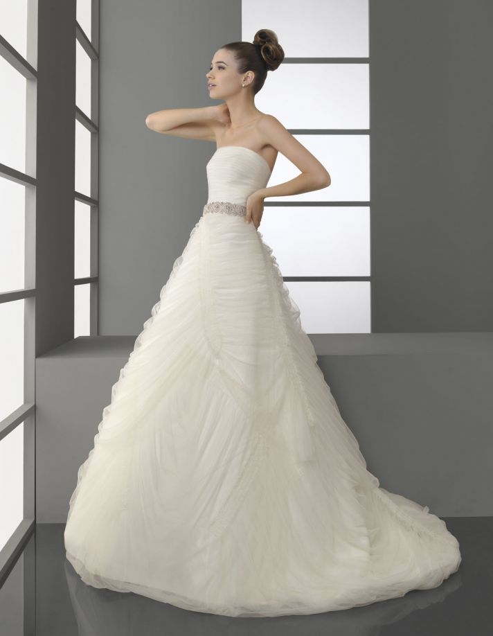 Stunning white strapless ball gown Aire Barcelona wedding dress with beaded bridal belt