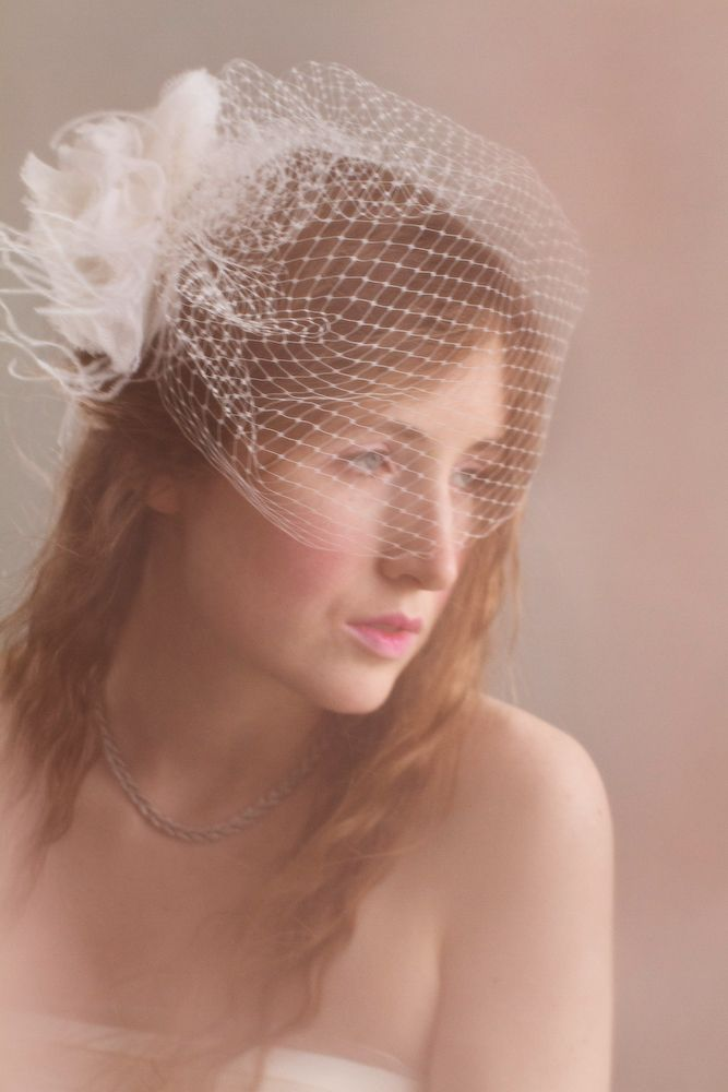 Bridal fascinator and veils