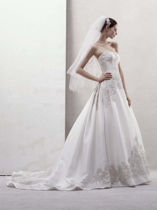Fall 2011 wedding dresses oleg cassini white by vera for Wedding dress designer oleg cassini