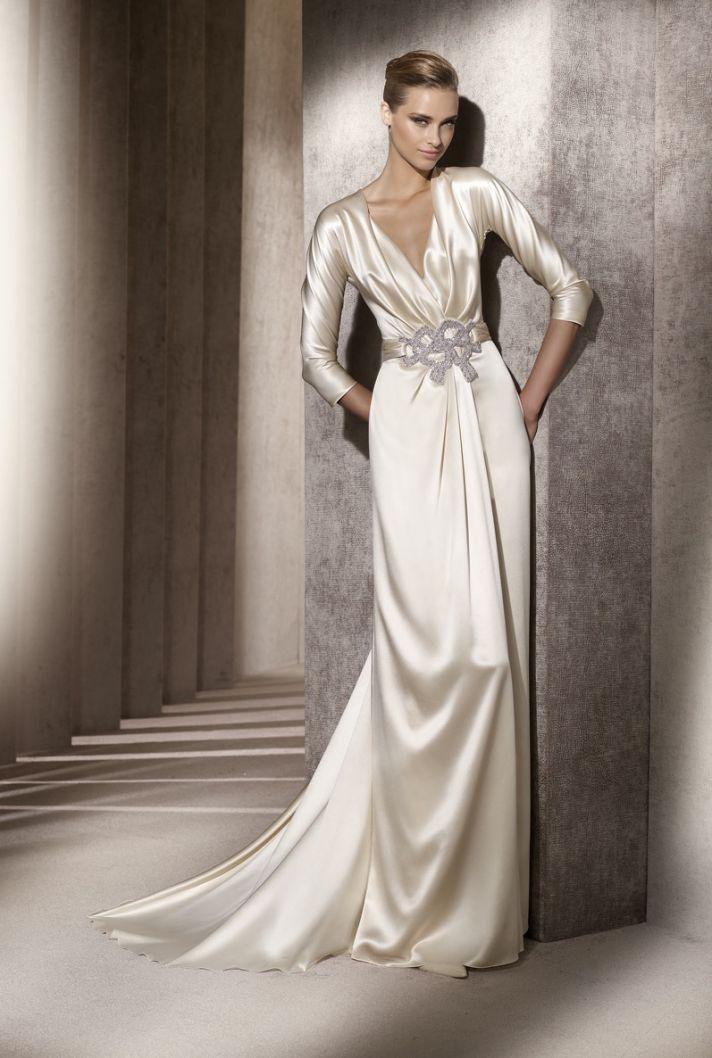 Slinky vintage-inspired 2012 wedding dress