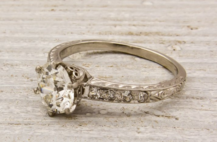 antique-engagement-rings-vintage-wedding-jewelry