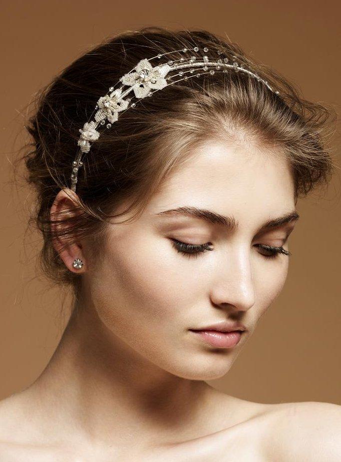 Dainty bridal headband