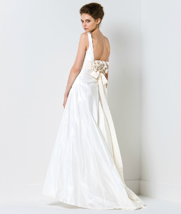 Elegant a-line wedding dress with open back