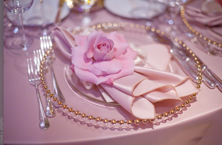 Jkh-romantic-real-wedding-california-elegant-wedding-reception-table
