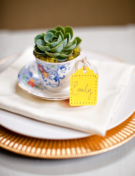 DIY wedding reception centerpieces that double as wedding guest favors