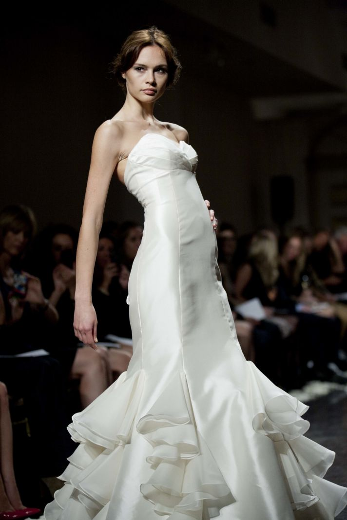 Sleek mermaid wedding dress by Tara Keely