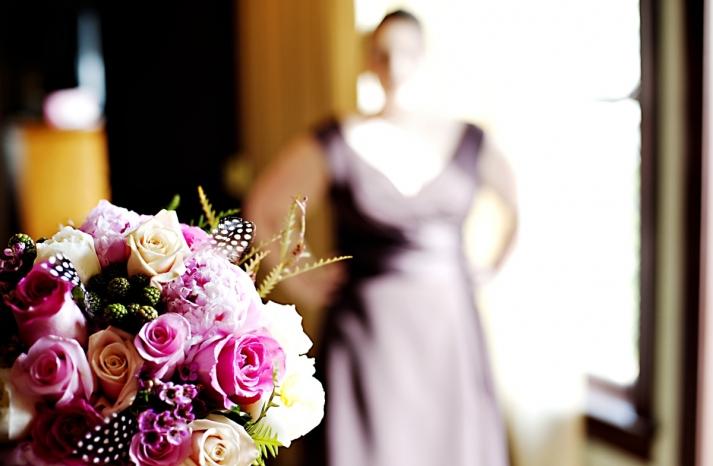 Real-weddings-winter-wedding-reception-statement-bridal-bouquet