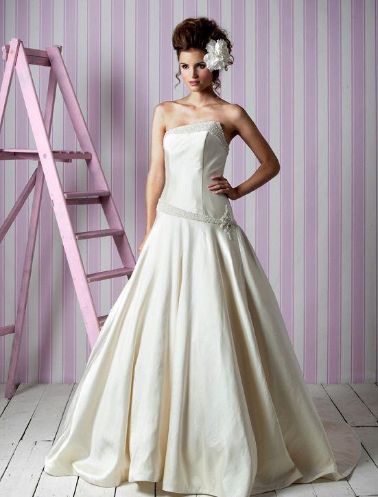 Asymmetric Wedding Dresses 15 Nice Charlotte Balbier wedding dresses