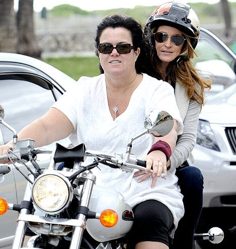 rosie odonnell engaged to michelle rounds