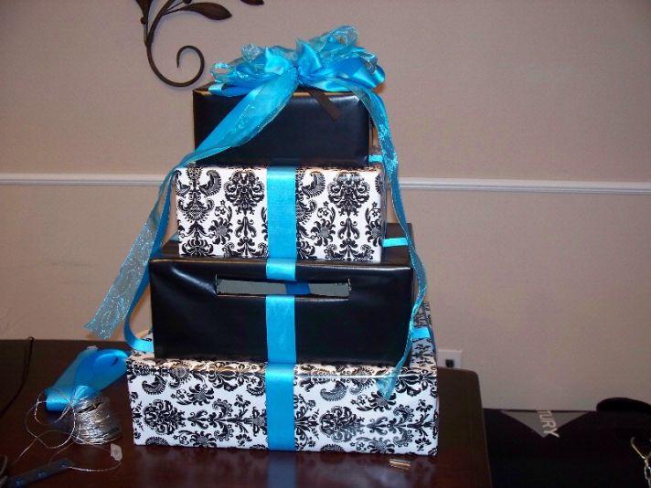 DIY wedding cake box for guest presents