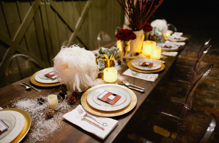 vintage winter wedding decor reception tablescape feather centerpieces