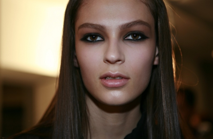 versus bridal beauty inspiration smoky eyes