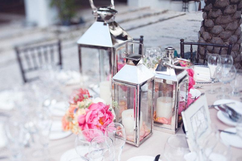 Vee 39 s blog black and white zebra wedding decoration white - Decorer une table d anniversaire ...