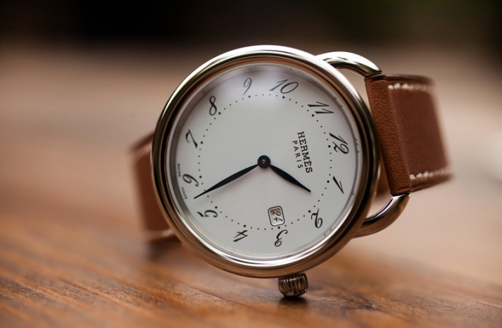 grooms watch hermes