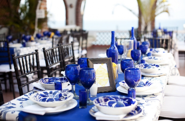 wedding color palettes bridal inspiration from real weddings cobalt blue lemon yellow tablescape outdoor reception