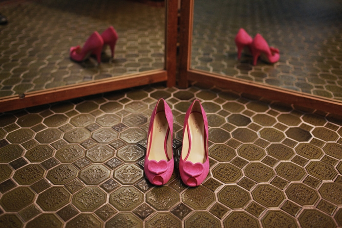 unique wedding photo bridal heels pink