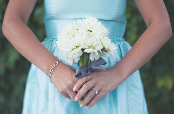 romantic winery wedding outdoor wedding venues simple bridesmaid bouquet