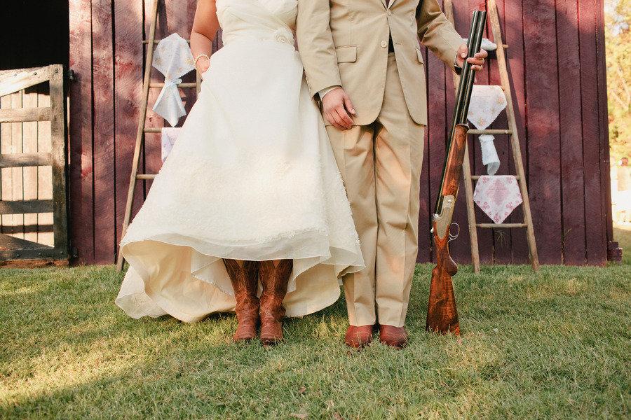 romantic outdoor wedding lace decor country western bride groom
