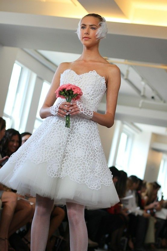 spring 2013 wedding dress Oscar de la Renta bridal gowns sheer lace sleeves