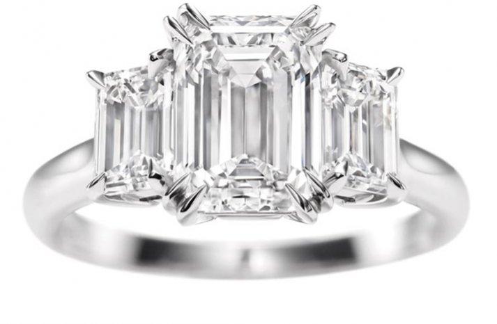 angelina jolie engagement ring emerald cut diamond engagement rings harry winston 2