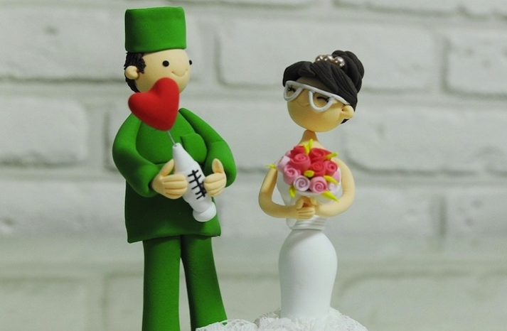 cute wedding cake toppers handmade wedding finds from Etsy 5