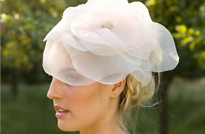 romantic wedding hair accessory braided wedding hairstyle