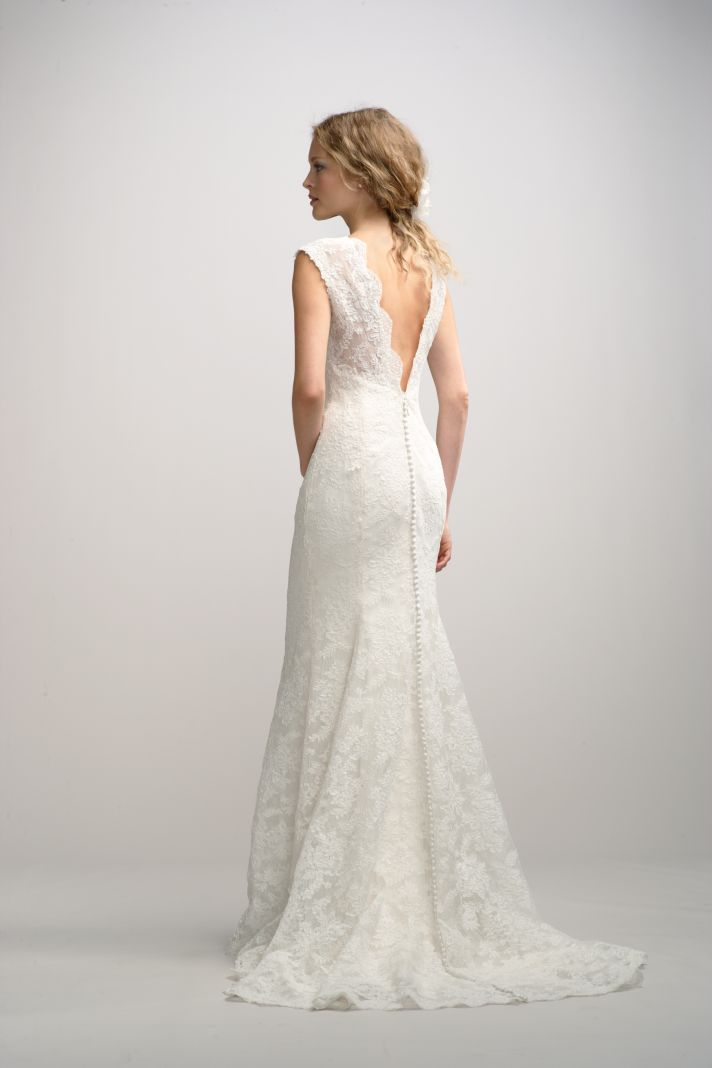 Best wedding dresses from fall 2012 watters bridal for Dresses for a fall wedding