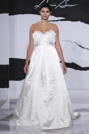 Kleinfeld bridal designer wedding dresses onewed for Kleinfeld wedding dress designers