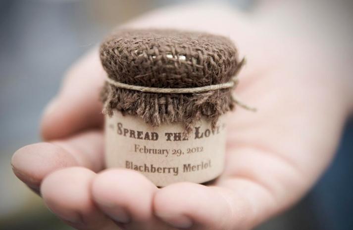 rustic wedding favors personalized jam