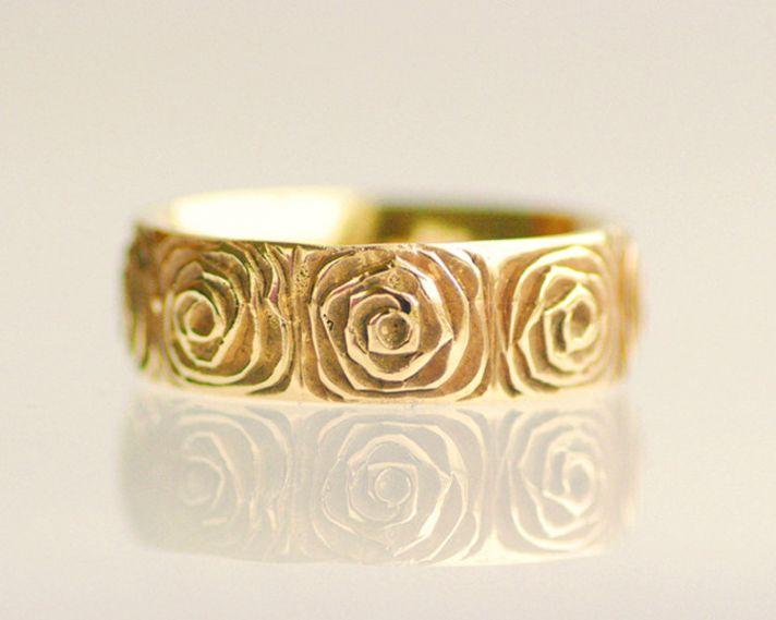 yellow gold wedding ring rose design
