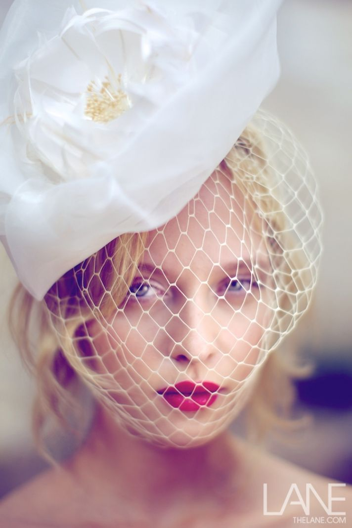 bridal veils hair accessories by Suzy Orourke birdcage veil with flower 2