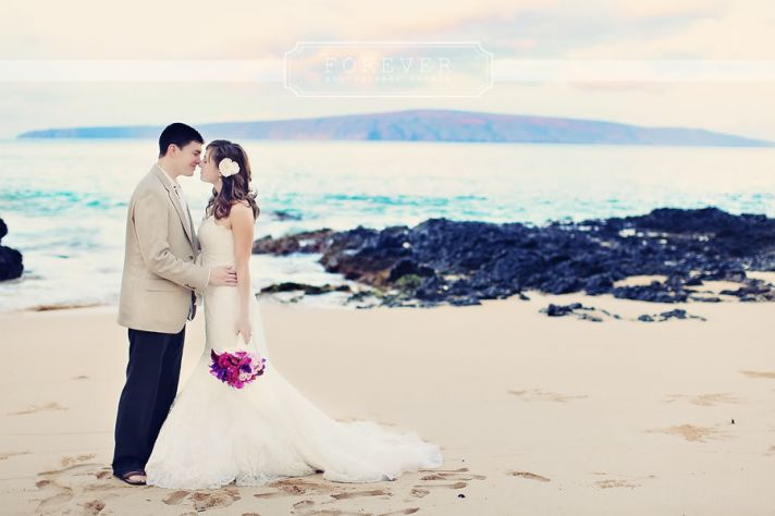 beautiful elopement on the beach