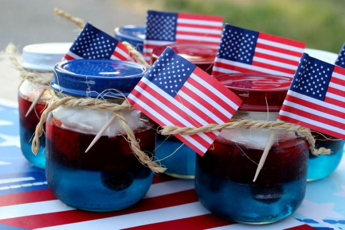 patriotic wedding guest favors jello in mason jars