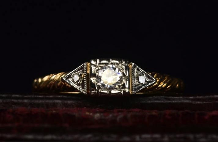 antique engagement rings for vintage brides 1930s art deco