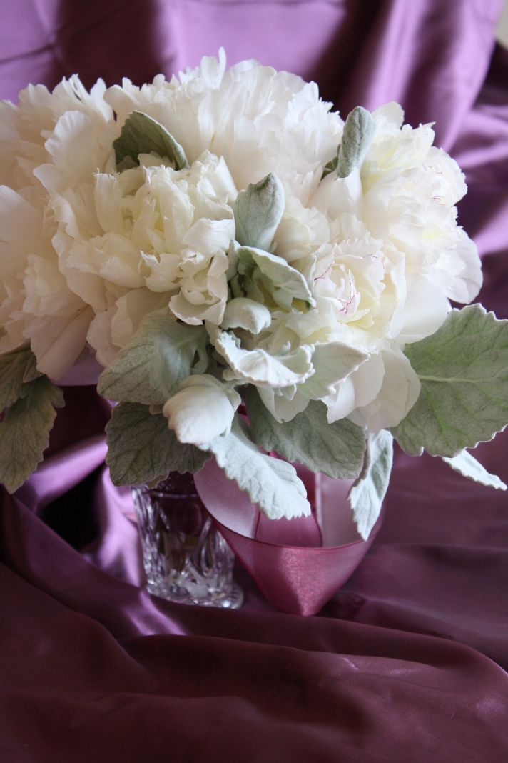 White wedding flowers we love onewed
