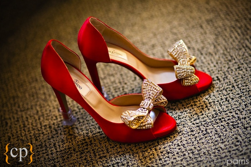 Red dress gold shoes running