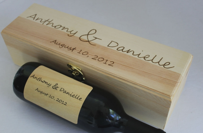 personalized wedding ideas custom wine labels for the reception wood