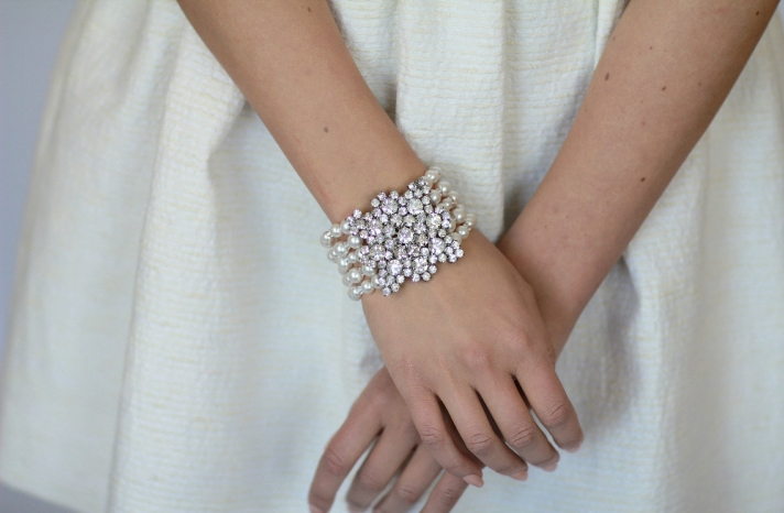 pearl wedding accessories handmade Etsy wedding finds bridal bracelet 2