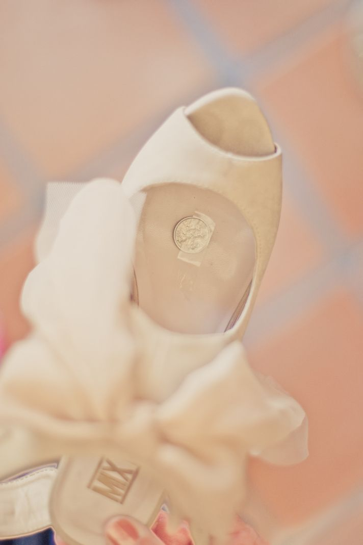 elegant real weddings lavender peach wedding colors lucky sixpence in brides shoe