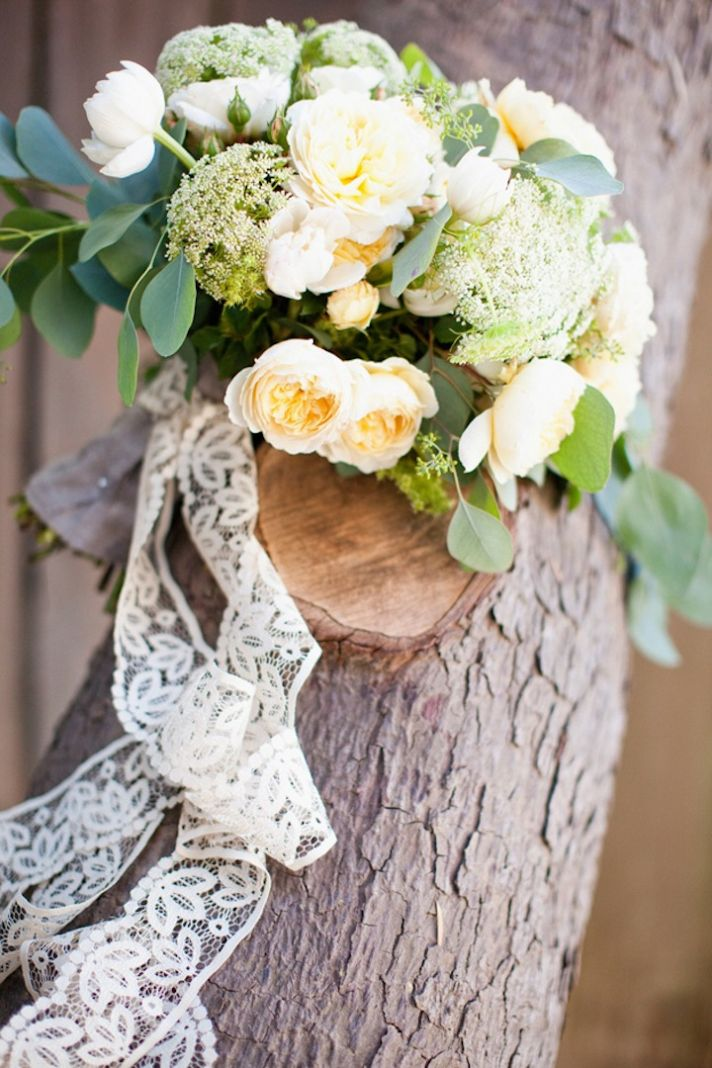 cream wedding bouquet ideas